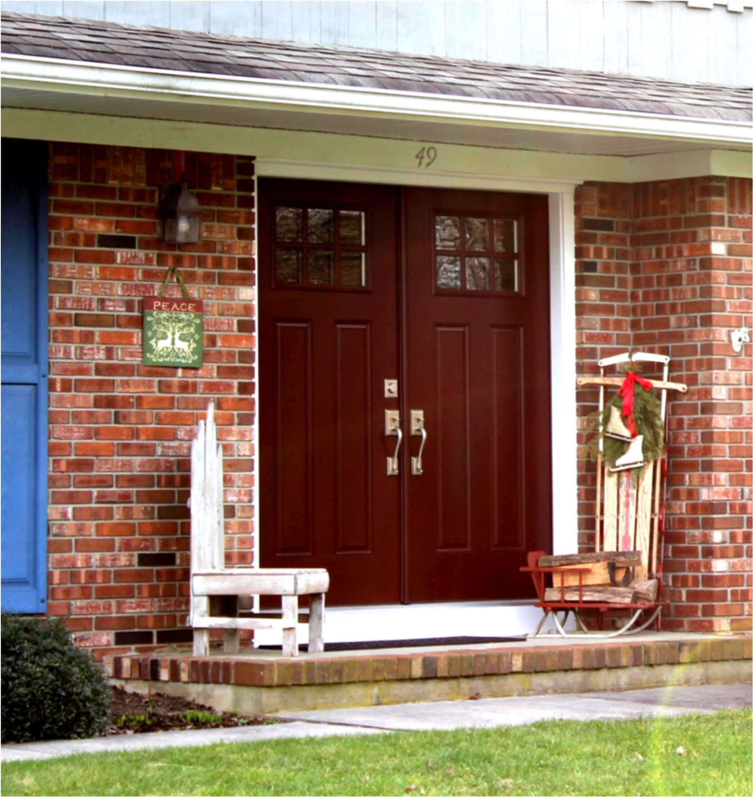 Brick House Front Door Color: Front Door Colors For Red Brick, Beige, And Gray Houses