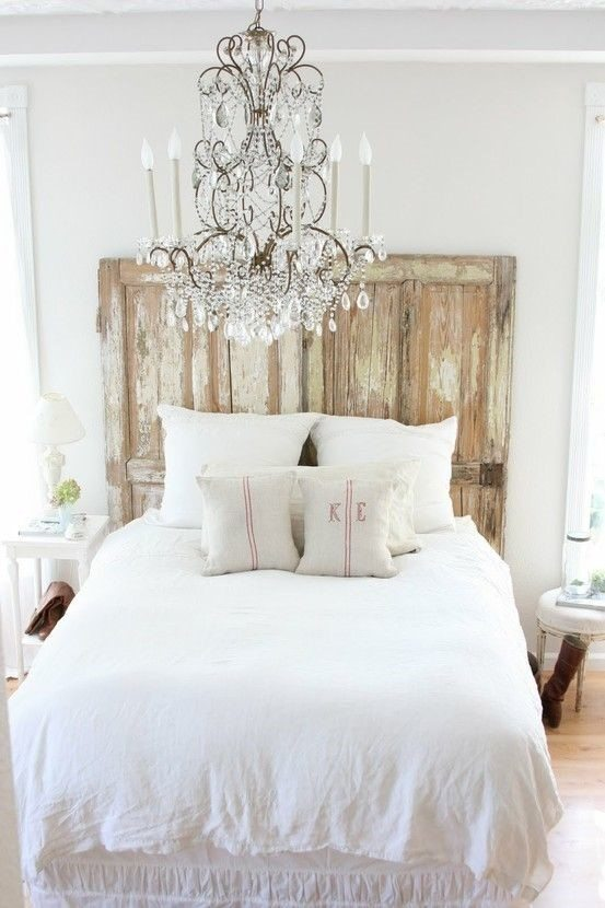 Shabby chic bedroom style