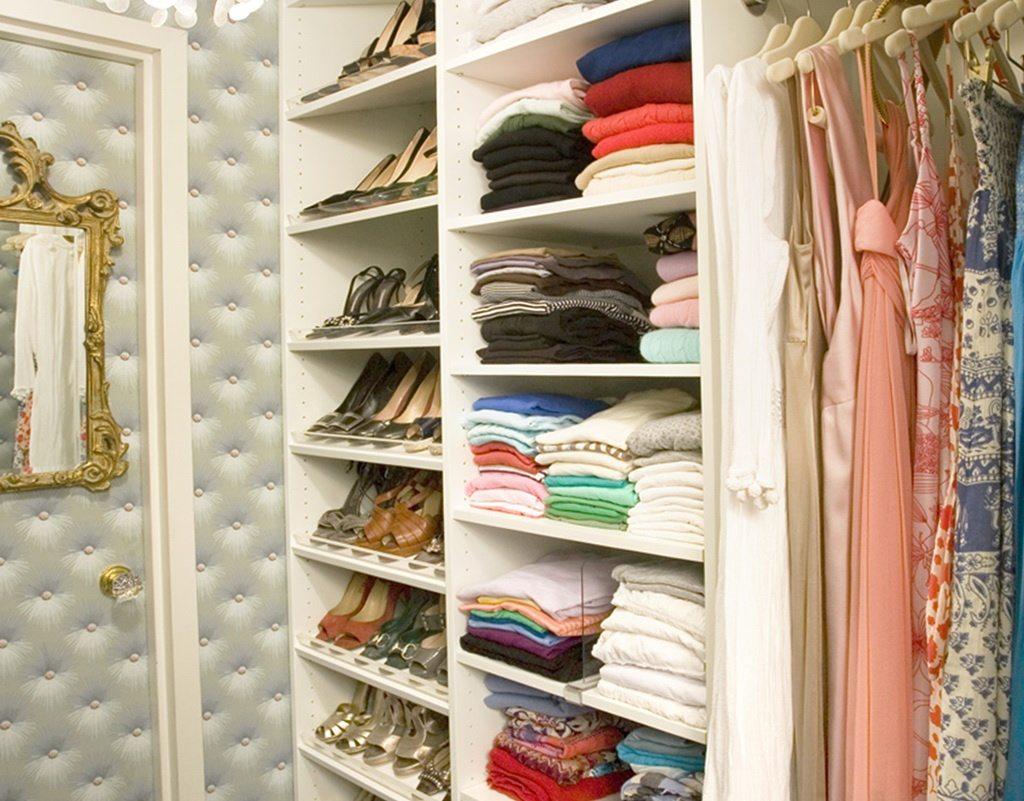 nice small walk in closet ideas