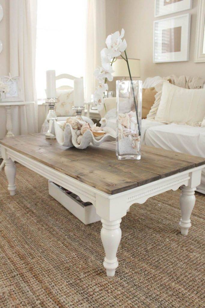 Coffee table decor and stylish ideas