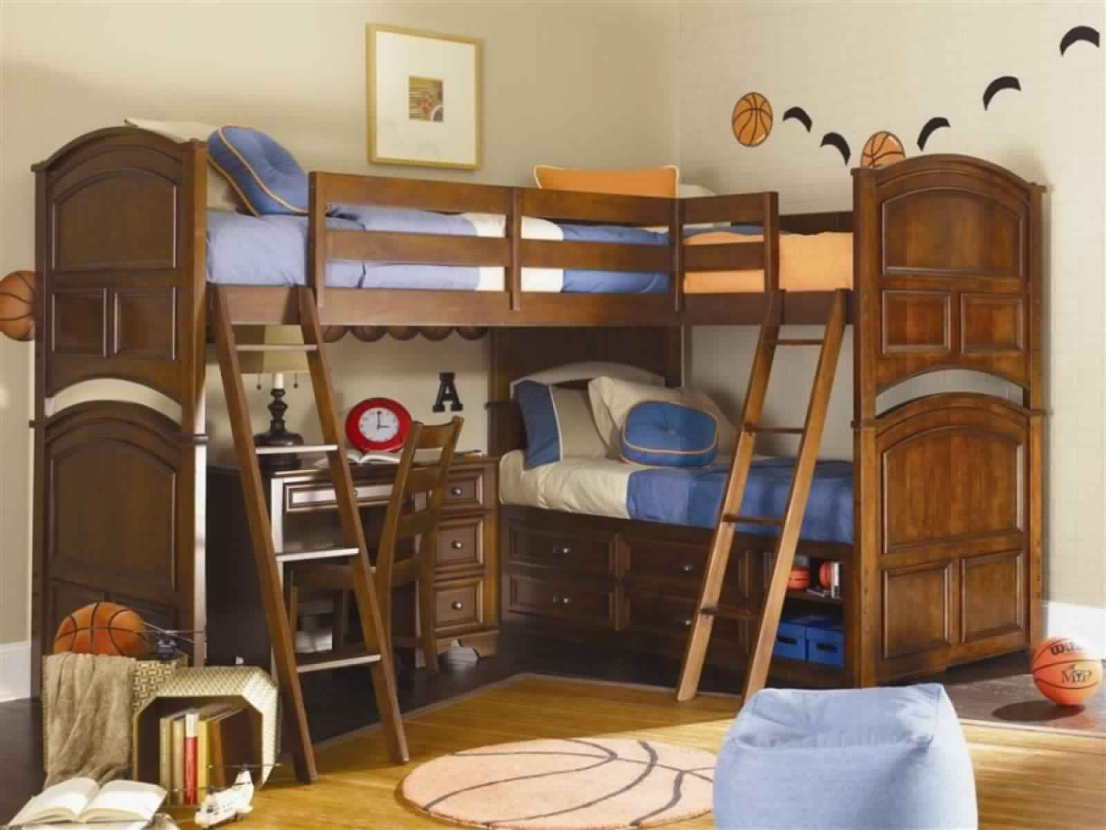Bunk Bed with Desk for 3 or more children in wooden design