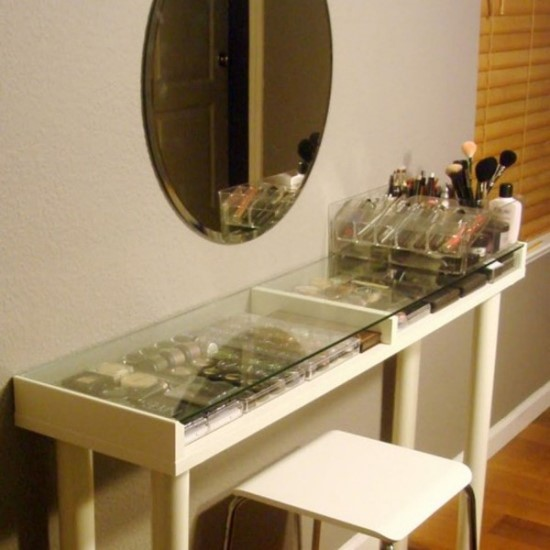 Most wanted makeup vanity table ideas do it yourself decor or diy white makeup vanity table solutioingenieria Images