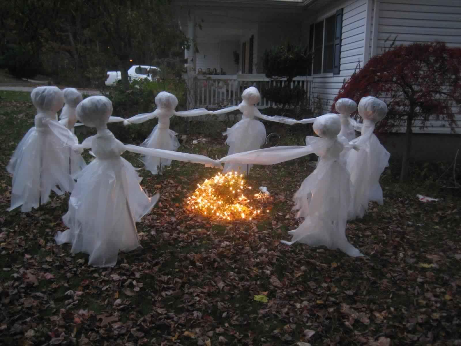 Outdoor Halloween Decorations Spirit forms 2017