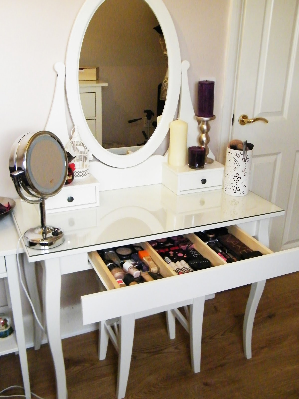 Most Wanted Makeup Vanity Table Ideas Do It Yourself Decor Or Design