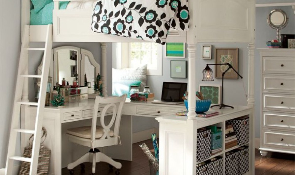 Bunk Bed with Desk with hairdresser for girls