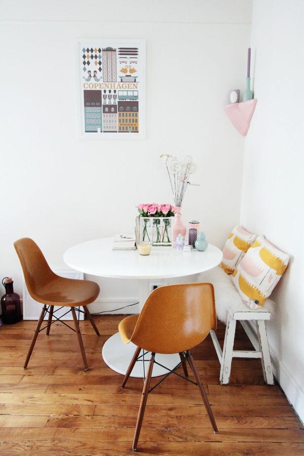 breakfast nook table