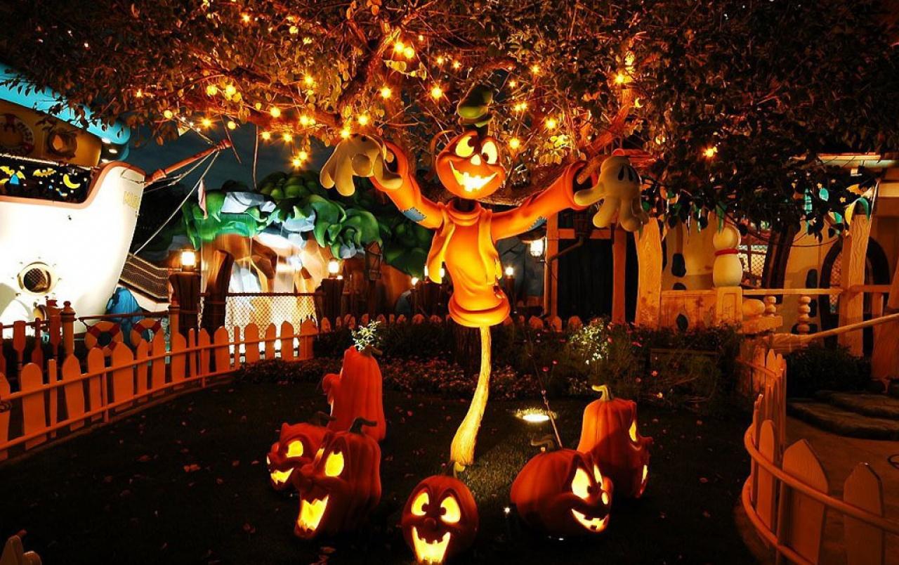 Outdoor Halloween Decorations Silly Pumpkins form