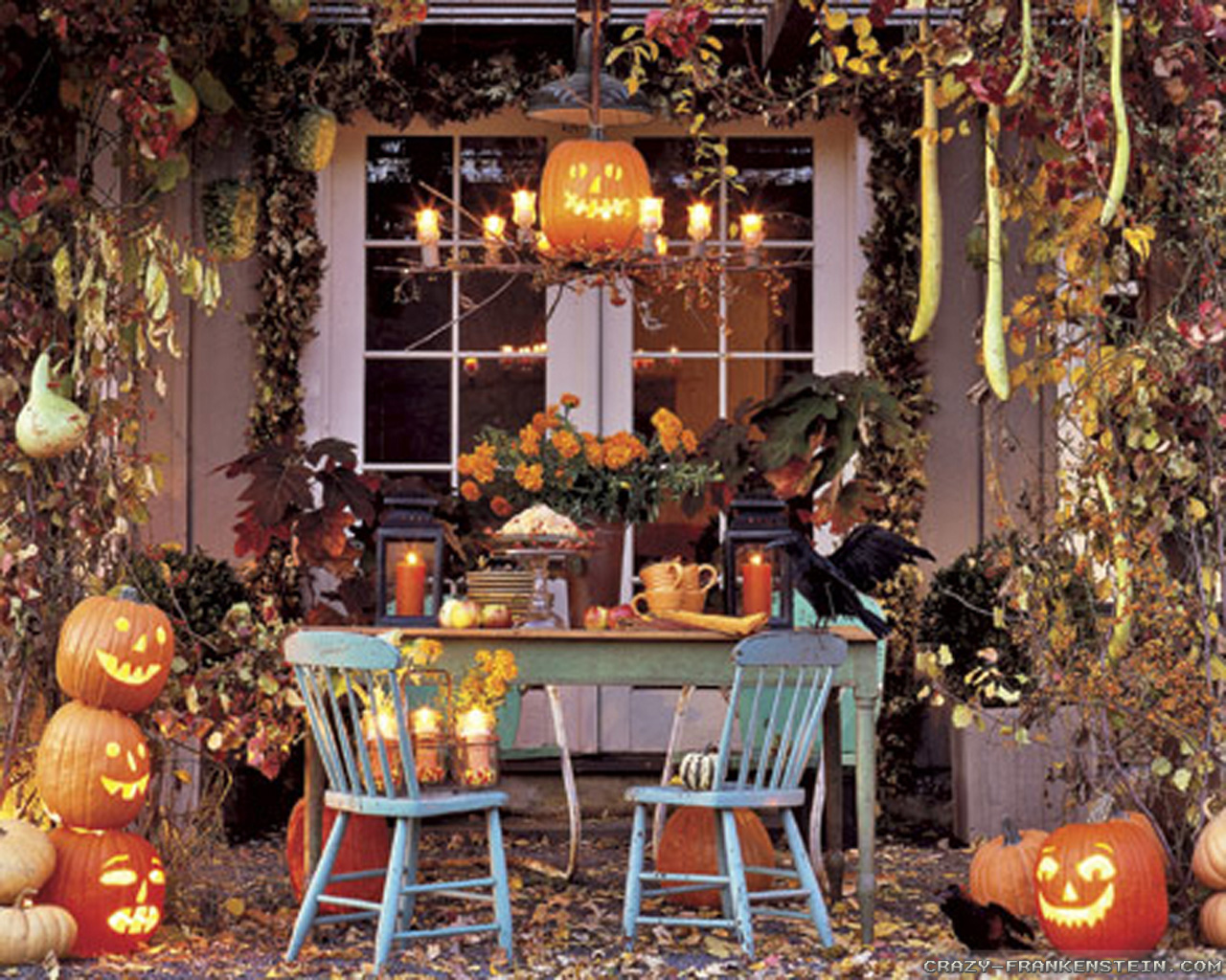 Outdoor Halloween Decorations Terrace Family Gathering