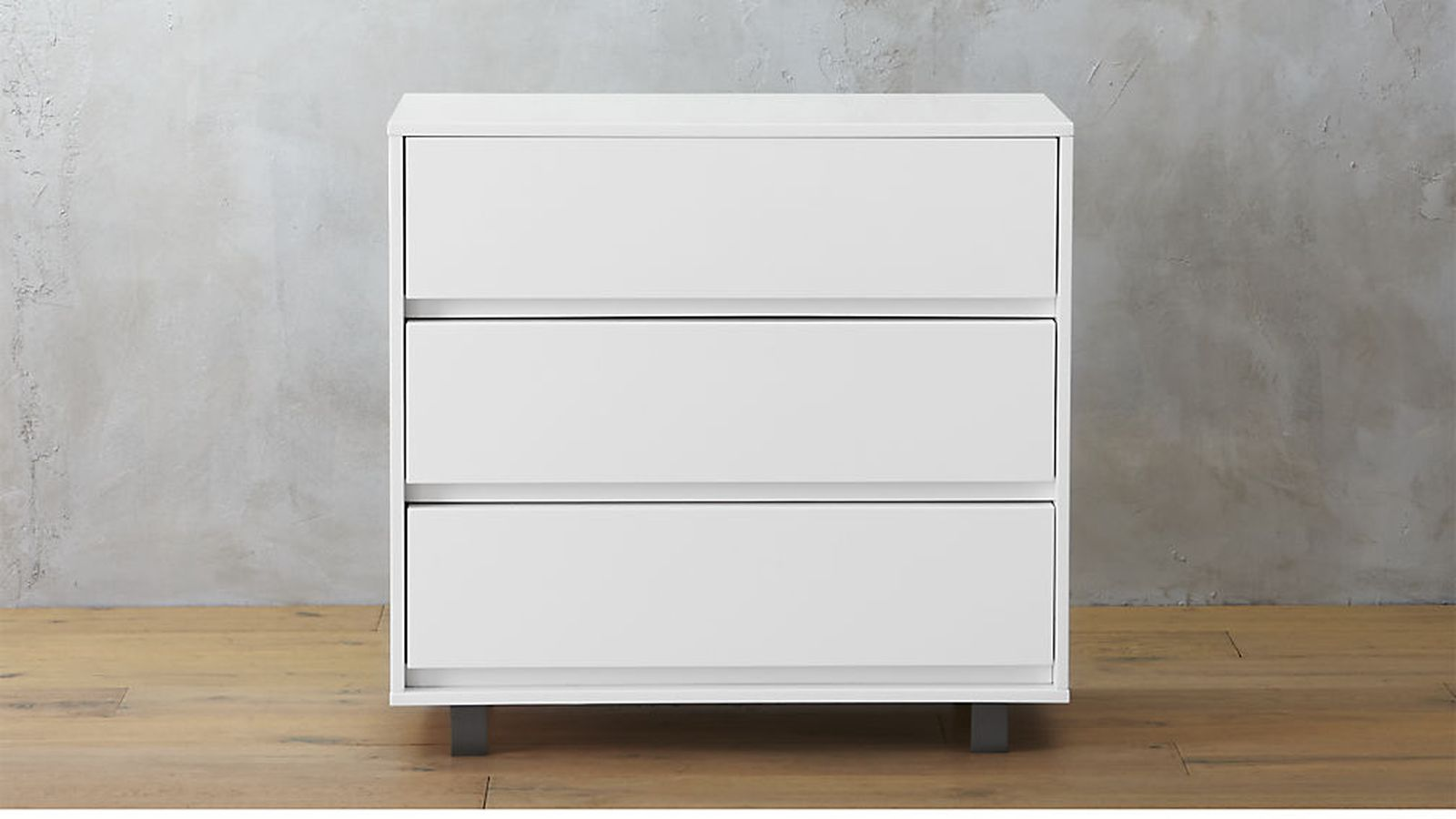 Best Types of Dressers ( With Pictures ) | Decor Or Design on antique furniture, frosted glass drawer dressers, dimensions of dressers, sizes of dressers, names of dressers, simple dressers, colors of dressers, glass handles for dressers, cabriole leg, parts of dressers, bedroom furniture,