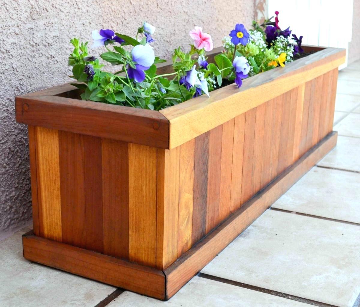 Window Box Planter Ideas: Build Pallet Planter Boxes