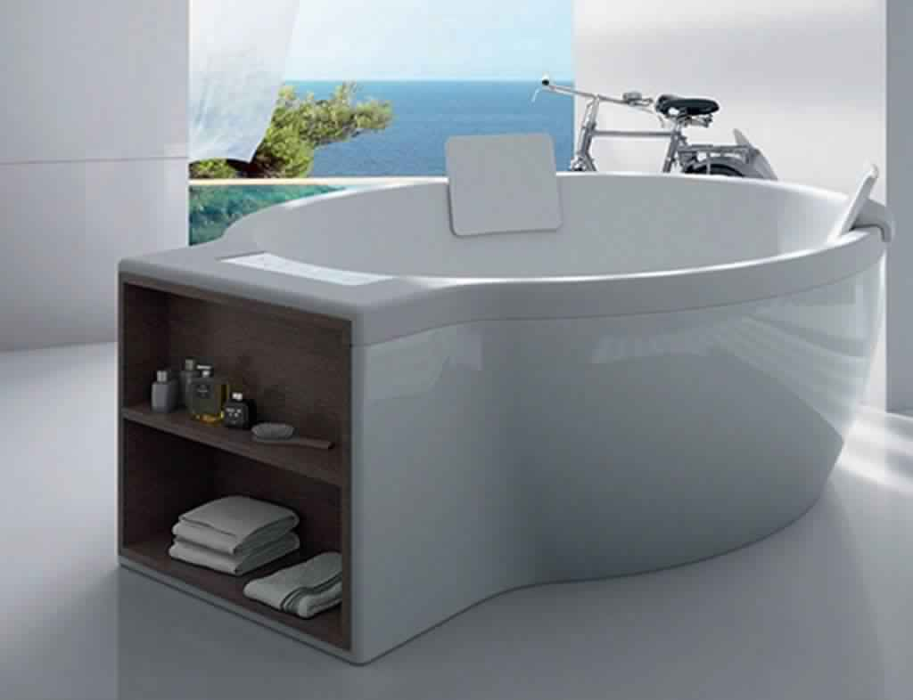 Smallest Bathtub Size - Circular bathtub