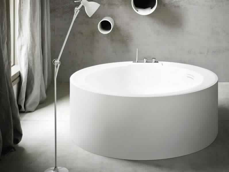Smallest Bathtub Size - Modern bathtub