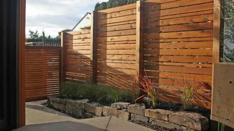 Privacy Fence Ideas-Fence made of brick