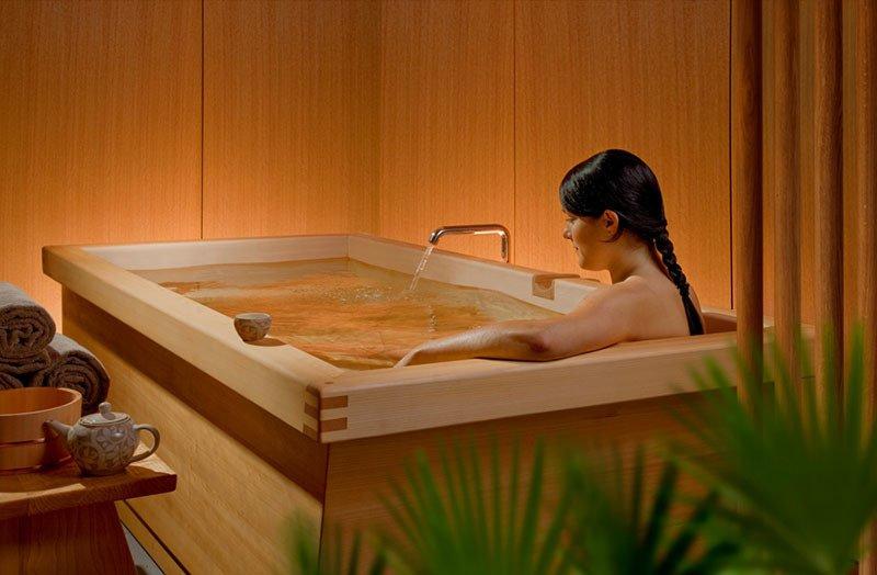Smallest Bathtub Size - Japanese style