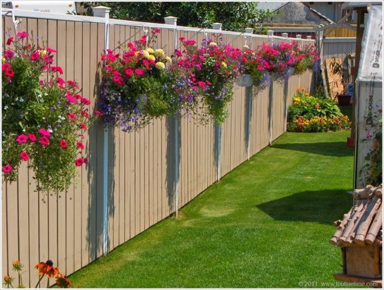 Privacy Fence Ideas-blooming garden wall