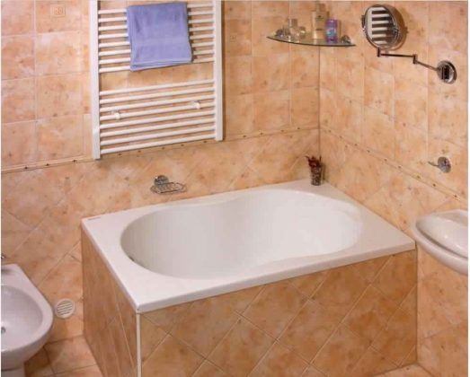Smallest Bathtub Size-footsteps bathtub