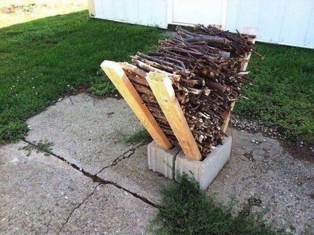 DIY Outdoor Firewood Rack no tools