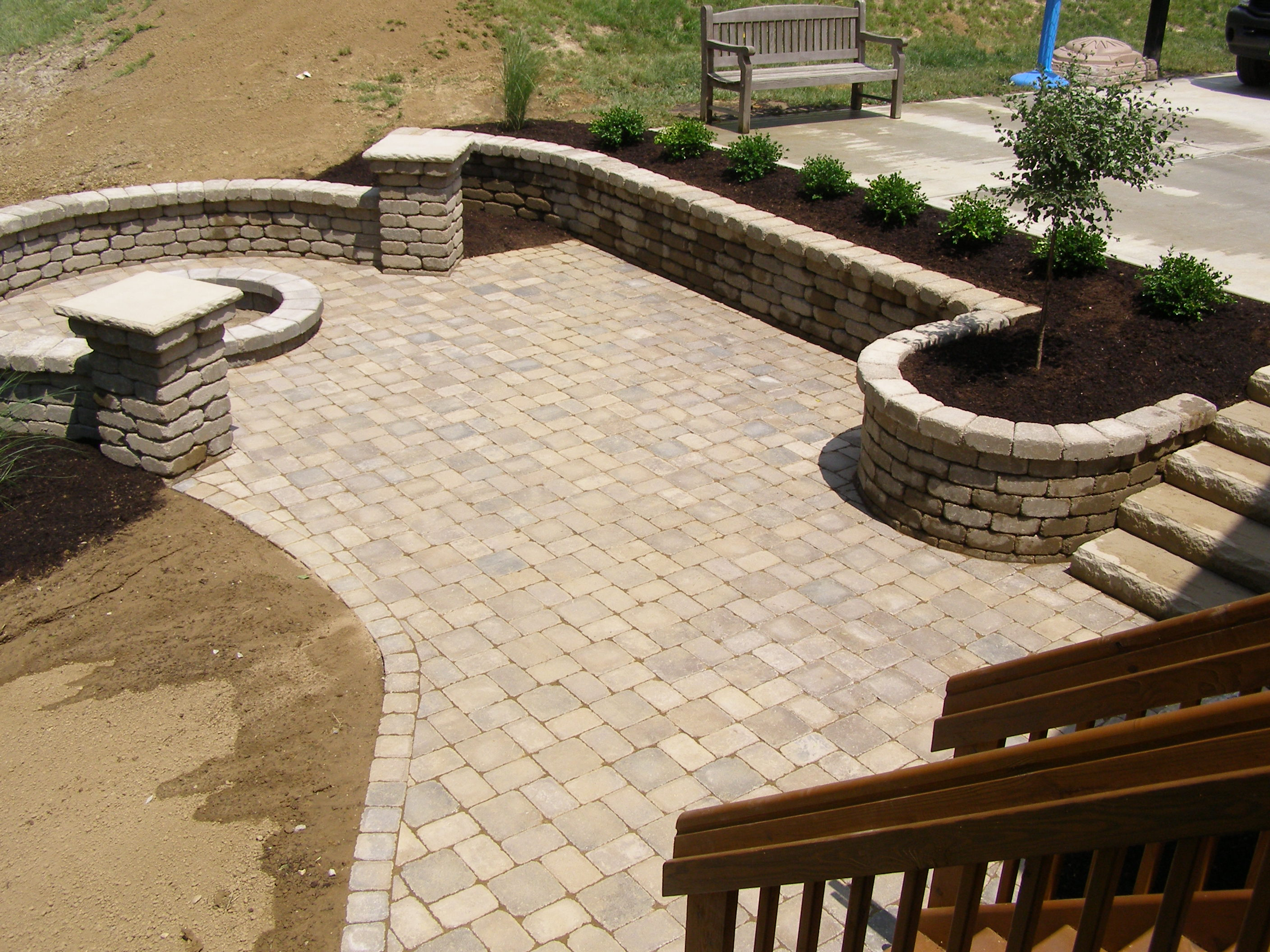 20 Exclusive Stone Patio Designs & Patterns Guide | Decor ... on Rock Patio Designs id=35610