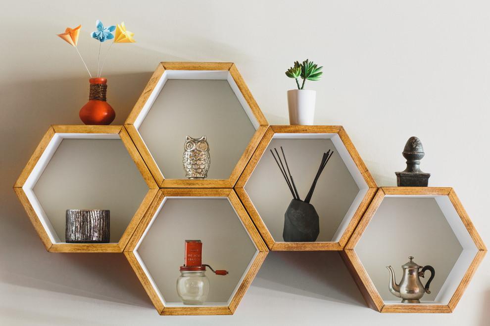 Hexagonal Wall Shelf - Wall shelves in the form of MOX