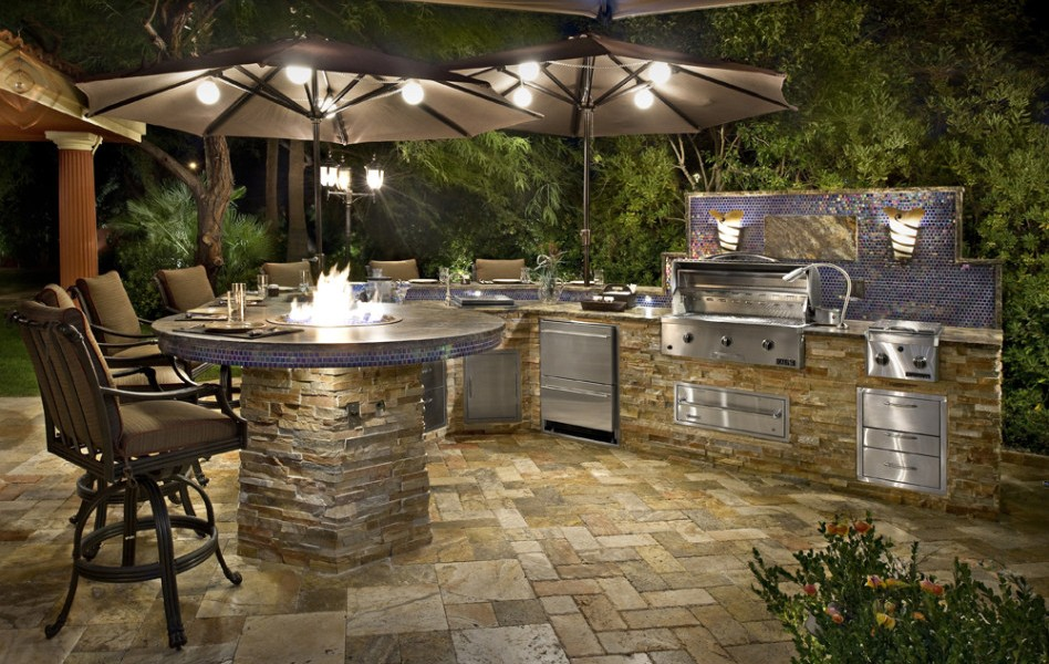 small stone patio ideas