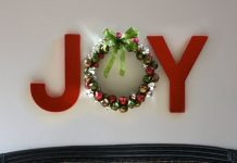 DIY Christmas wall decor ideas