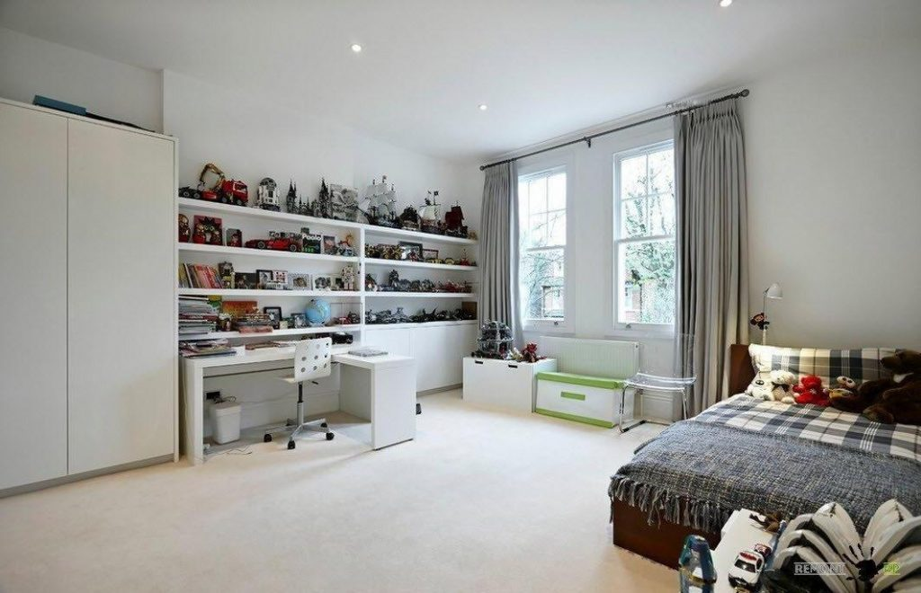 best master bedrooms with built-in shelving