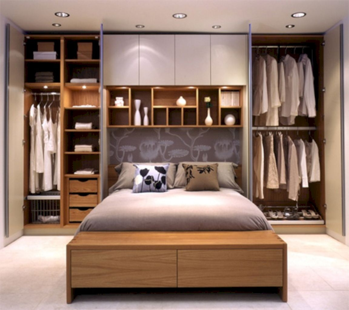 Master Bedrooms With Built-in Shelving