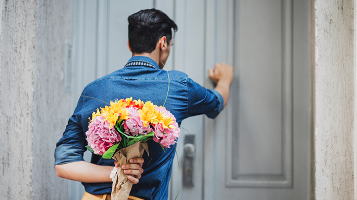 it is the time to celebrate the Valentine with a very special and unique gift for her so, we gathered some valentine day gift ideas for her to help pinterest
